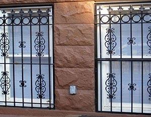 6 8 960x750 - نرده پنجره